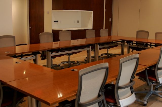 Weill Greenberg Center Room with Tables and Chairs